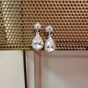 2 bracelets & 1 earring set